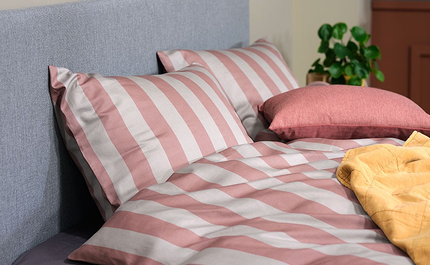 Striped bed linen in 100% cotton sateen
