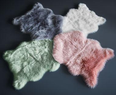 a8bf7bc458ee4 Farebné kožušiny z umelej ovčej kože na JYSK.sk